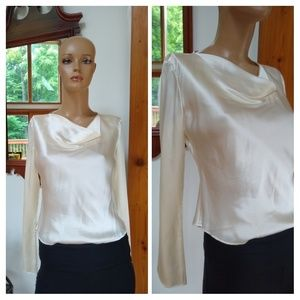 ⭐New Listing ⭐ Casual Corner. NWT $49. Size 2
